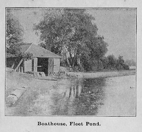 fleet-pond-boathouse