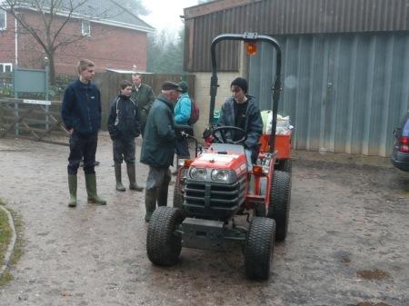 dec-tractor-small